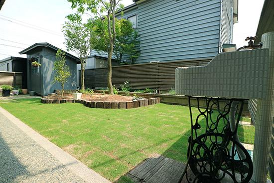 庭 リフォーム 芝生 施工事例 予算価格 1ヶ月後