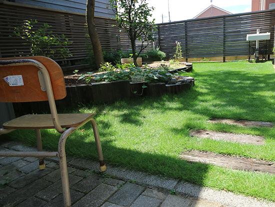 ガーデンリフォーム 高麗芝生 3ヶ月後の様子 8月