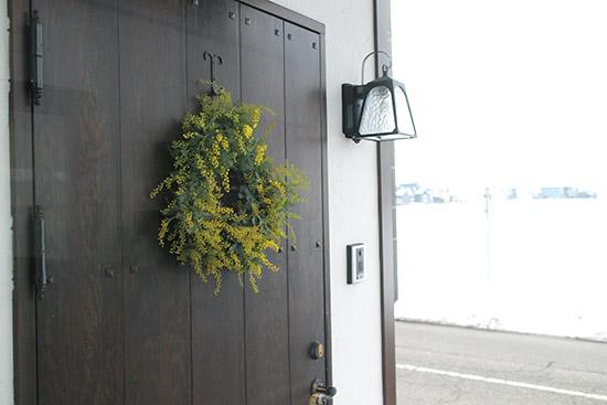 玄関ドア 外 ナチュラル リース 画像