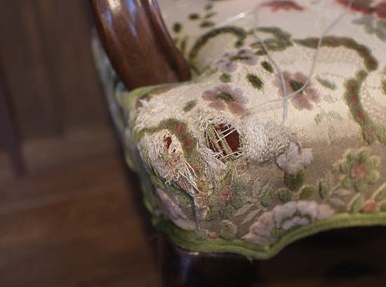 猫 ソファーに爪とぎ 対策 縫い直す