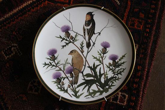 皿 穴を開けず 壁に 飾る 道具 画像