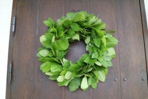 玄関リース シンプル グリーン葉のみ 生花